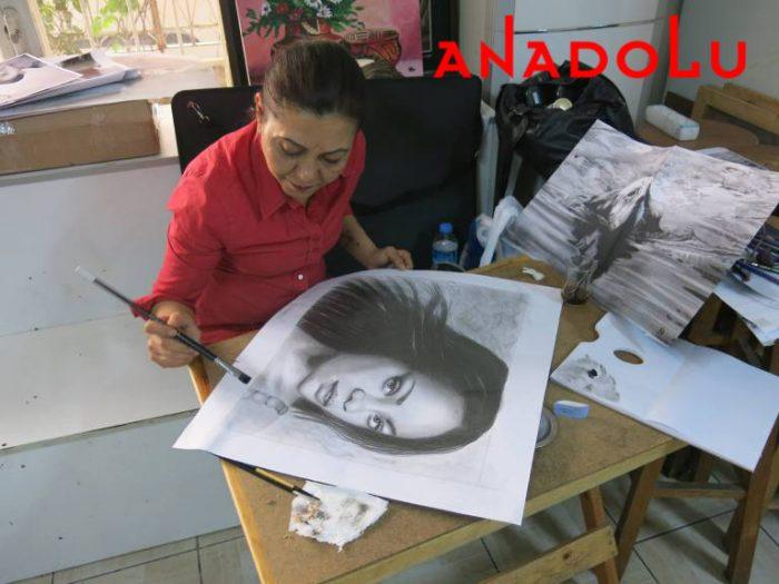 Hobi Dersleri Karakalem Çalışması Adana